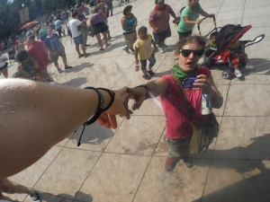 "The best part of Chicago's Cloudgate ""Bean"" is taking tacky mirror selfies to a whole new level!"