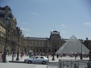 My first European photo: The Louvre!