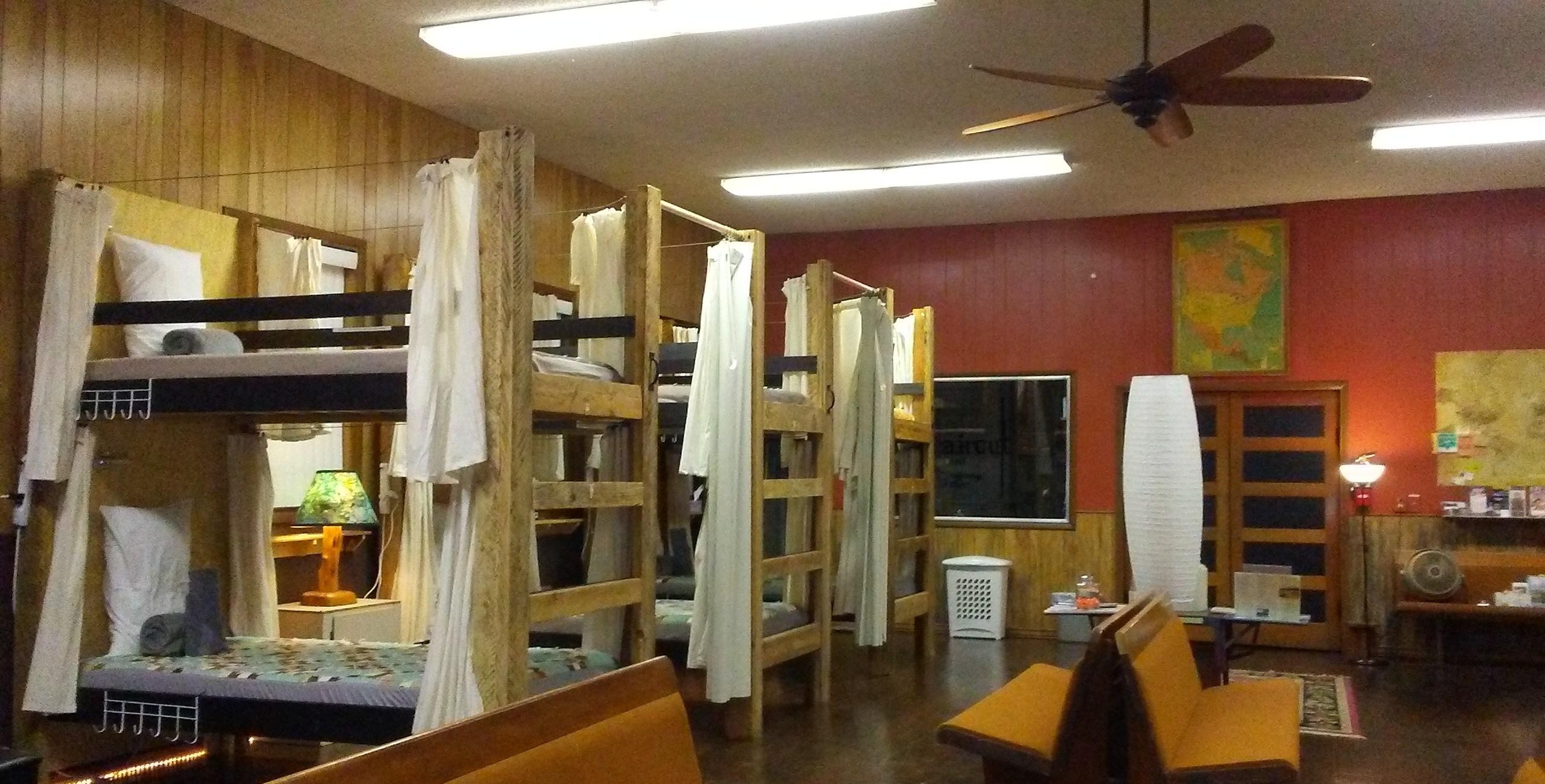 Mitchell Oregon Hostel